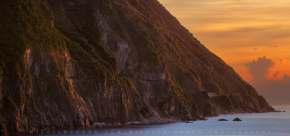 清水斷崖蘇花公路 Chingshui Cliff and SuHua Highway by Wilhelm Chang